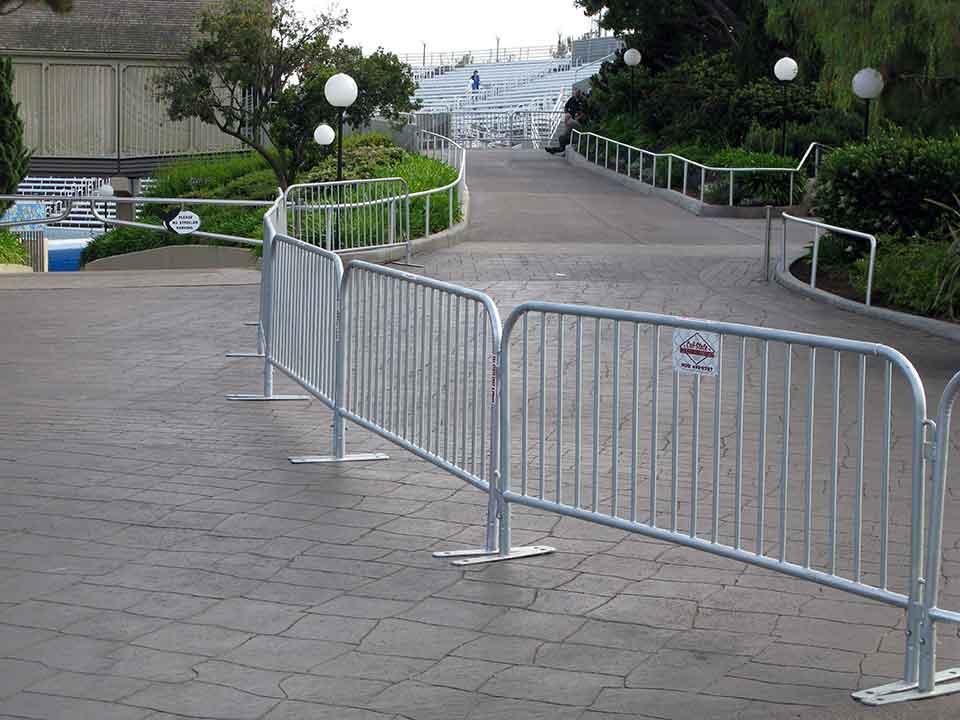 cal-state barricade rental 06