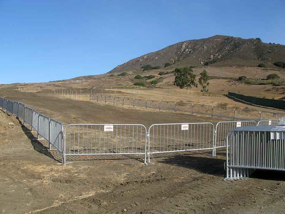 cal-state barricade rental 10