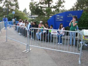 sea world crowd barrier
