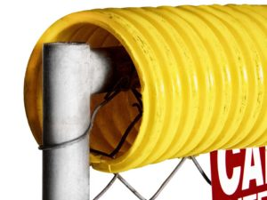 yellow-polycap-chainlink-fence-guard-01